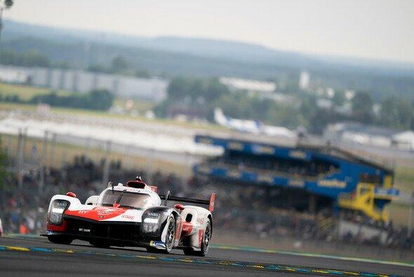 Toyota feiert seinen vierten Le-Mans-Sieg in Serie - Foto: LAT Images
