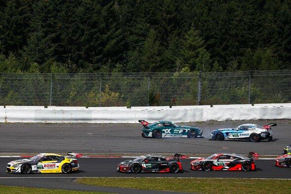 Bei der DTM auf dem Nürburgring ging es drunter und drüber zu - Foto: DTM