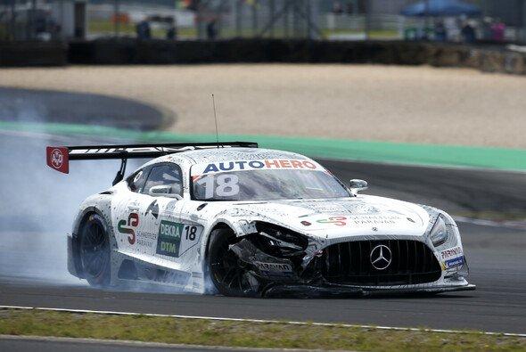 Maxi Buhk schied in beiden DTM-Rennen auf dem Nürburgring vorzeitig aus - Foto: LAT Images