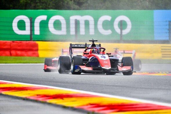Jack Doohan blieb auch am Sonntag die Formel-3-Messlatte in Spa - Foto: LAT Images