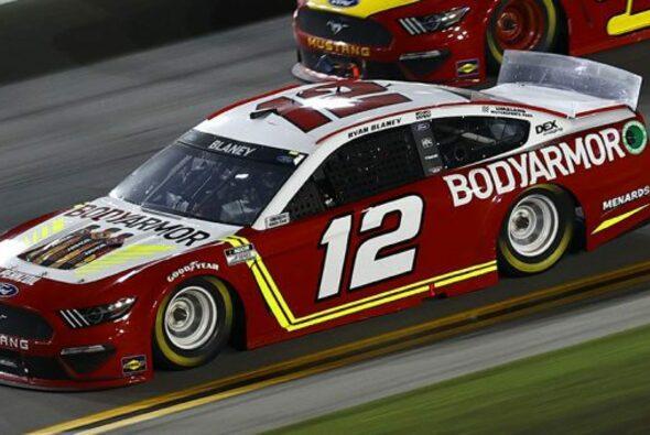 Ryan Blaney gewinnt das 26. Rennen der Regular Season auf dem Daytona International Speedway - Foto: NASCAR
