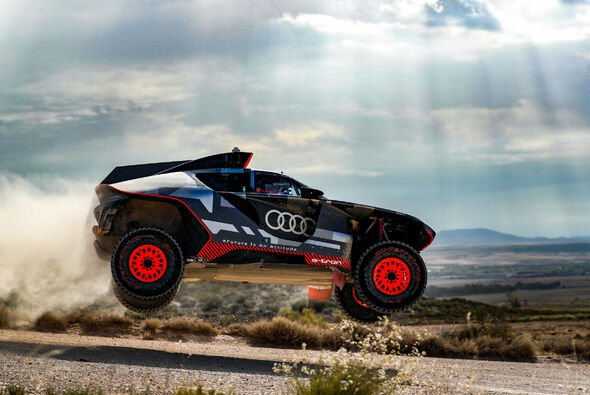 Bis zu 180 km/h bei maximal 34 Grad im Schatten - Foto: Audi
