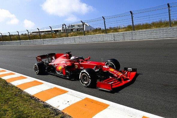 Ferrari-Pilot Charles Leclerc markierte im 2. Freien Training der Formel 1 in Zandvoort die Bestzeit - Foto: LAT Images