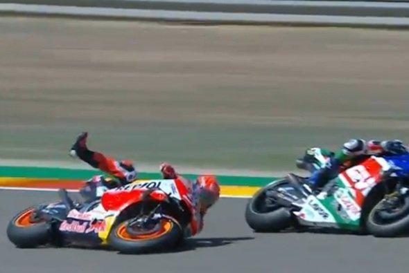 Marc Marquez sorgte für einen frühen Sturz - Foto: Screenshot/MotoGP