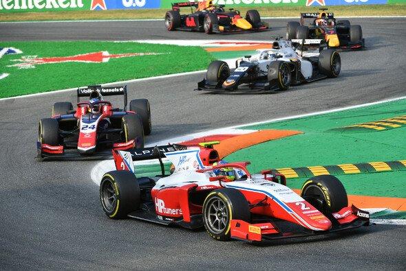 Oscar Piastri feierte in Monza den nächsten Formel-2-Sieg - Foto: LAT Images