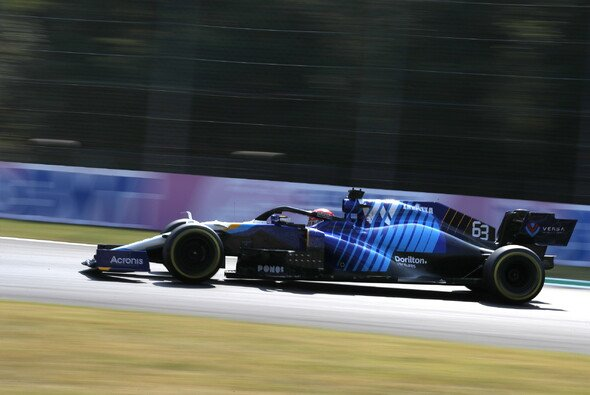 George Russell fuhr in Monza zum dritten Mal in diesem JahrWM-Punkte ein - Foto: LAT Images