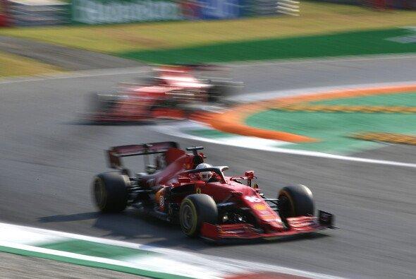 Charles Leclerc bekam es am Samstag in Monza mit Schwindel und Übelkeit zu tun - Foto: LAT Images