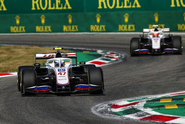 Nikita Mazepin drehte Mick Schumacher in Monza um - Foto: LAT Images