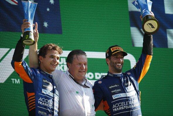 Zak Brown machte aus dem Scherbenhaufen McLaren ein Formel-1-Team mit Siegermentalität - Foto: LAT Images