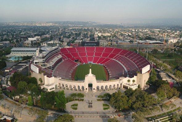 Clash at the Los Angeles Memorial Coliseum - Foto: NASCAR