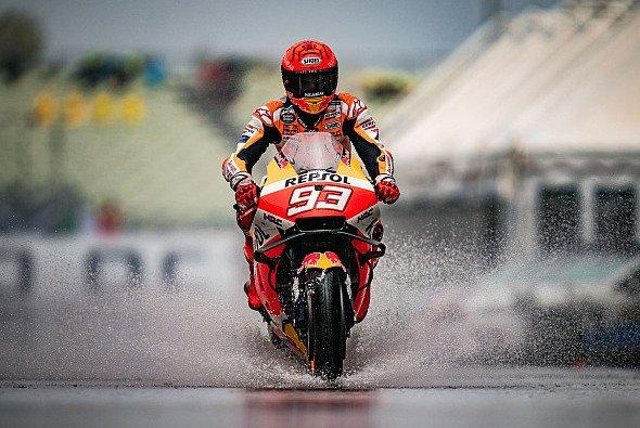 Der Regen machte die Zeitenjagd beim MotoGP-Freitag in Misano irrelevant. - Foto: gp-photo.de / Ronny Lekl