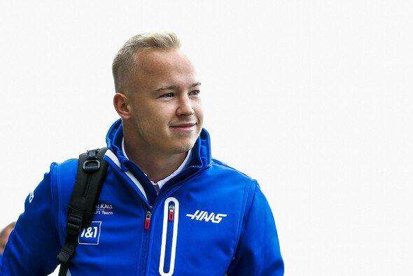 Nikita Mazepin hatte in Sotschi einen planmäßigen Start in sein erstes Formel-1-Heimspiel - Foto: LAT Images