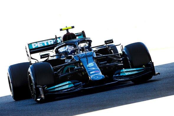 Valtteri Bottas sicherte sich auch im zweiten Training der Formel 1 in Russland die Bestzeit - Foto: LAT Images