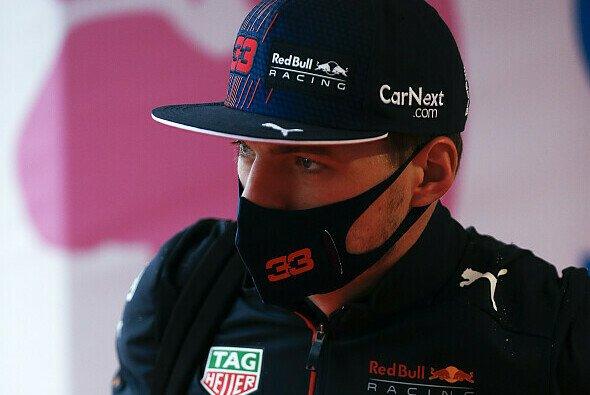 Max Verstappen muss in Russland aufgrund einer Motorenstrafe von ganz hinten ins Rennen gehen - Foto: LAT Images
