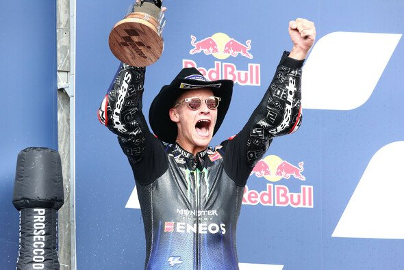 Quartararo jubelte, als hätte er das Rennen gewonnen - Foto: LAT Images