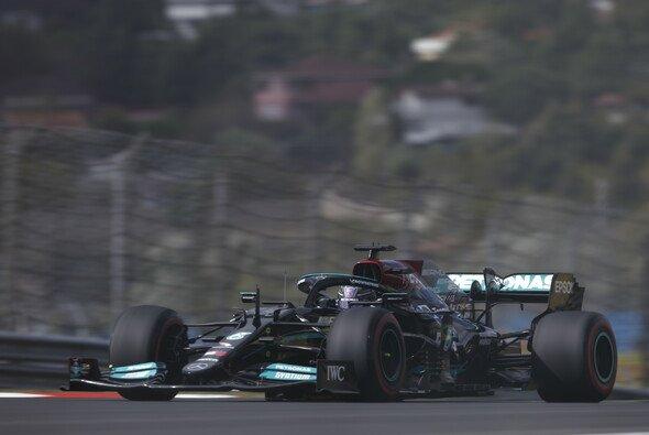 Lewis Hamilton fährt in der Türkei mit einem neuen Motor - Foto: LAT Images