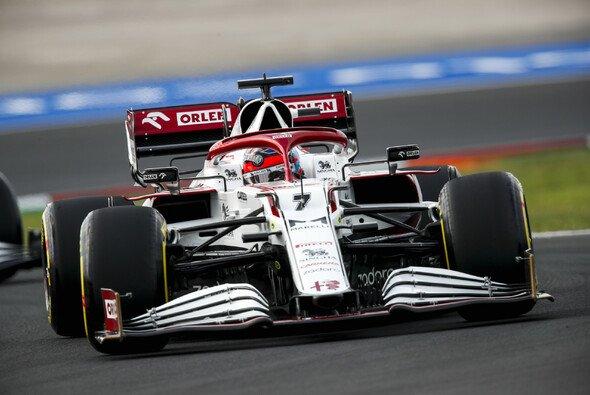 Kimi Räikkönens Training wurde von einem Trinkflaschen-Problem unterbrochen - Foto: LAT Images