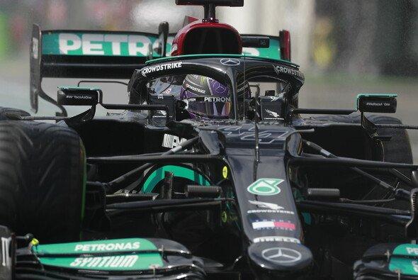 Lewis Hamilton war am Samstag der schnellste Pilot - Foto: LAT Images