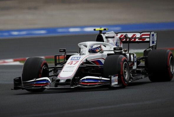 Mick Schumacher zeigte im Qualifying zum Türkei GP eine starke Vorstellung - Foto: LAT Images