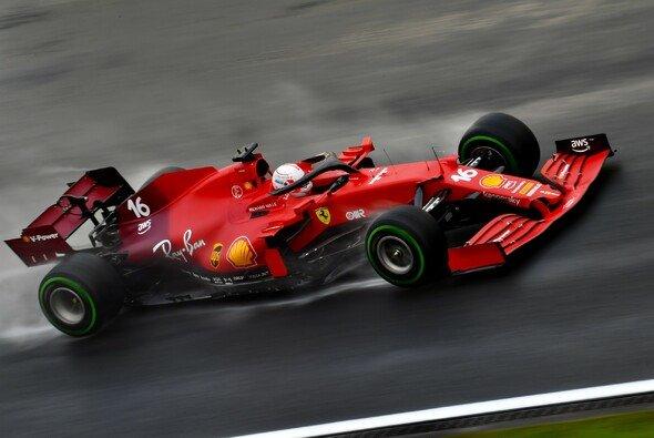 Ferrari spielte in der Türkei auf Sieg. Doch am Ende kostete das Charles Leclerc das Podium. - Foto: LAT Images