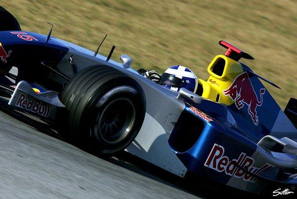 David Coulthard hat sein Cockpit für 2005 sicher - Sein Teamkollege wird noch festgelegt. - Foto: Sutton