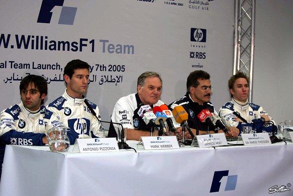 Die Weiß-Blauen begannen die Saison 2005 in Bahrain. - Foto: Sutton