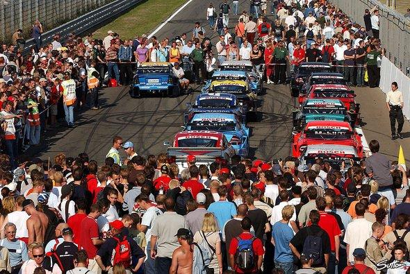 Hockenheim-Gewinnspiel: Auf zum DTM-Saisonauftakt! - Foto: Sutton