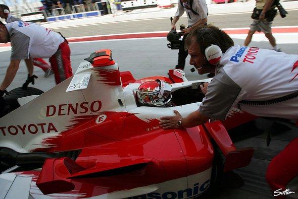 Toyota bleibt am Gas - auch in Imola gibt es neue Komponenten... - Foto: Sutton