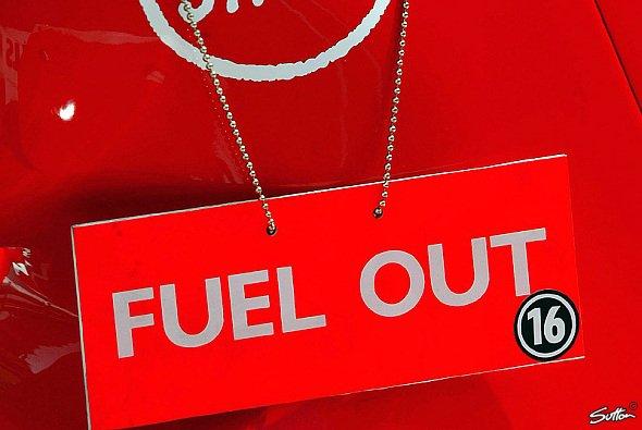 Das Benzin könnte durch die neue Limitierung in einigen Rennen 2014 äußerst knapp werden