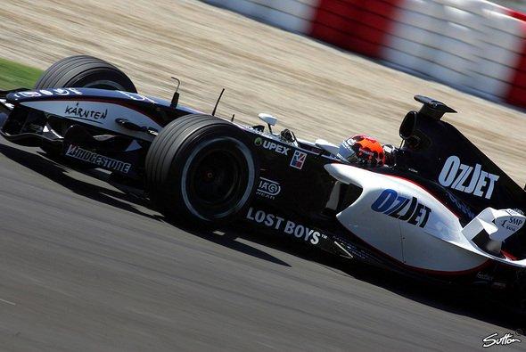 Minardi legt guten Start hin - Foto: Sutton
