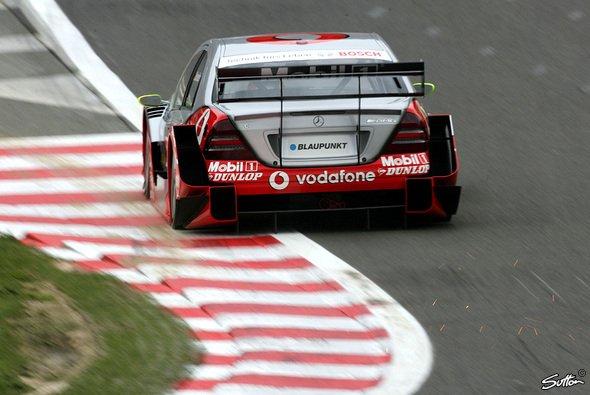 Mercedes meldete sich auch mit Zusatzgewicht zurück. - Foto: Sutton