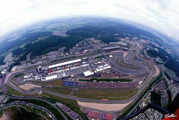 Formel-1-Comeback? Der Nürburgring soll 2020 den Großen Preis von Deutschland austragen - Foto: Sutton