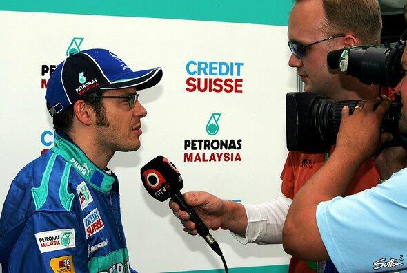 Für seine spitze Zunge bekannt: Villeneuve wechselt vor dem Mikrofon die Seiten