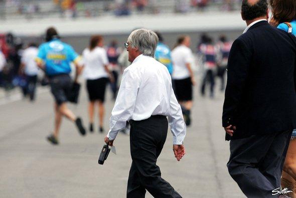Ecclestone will Indy nicht den Rücken kehren - Foto: Sutton