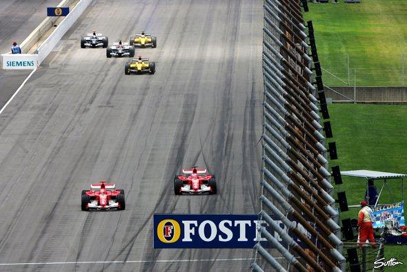 Der USA GP 2005 ging mit nur sechs Autos als Skandalrennen in die Geschichte ein - Foto: Sutton