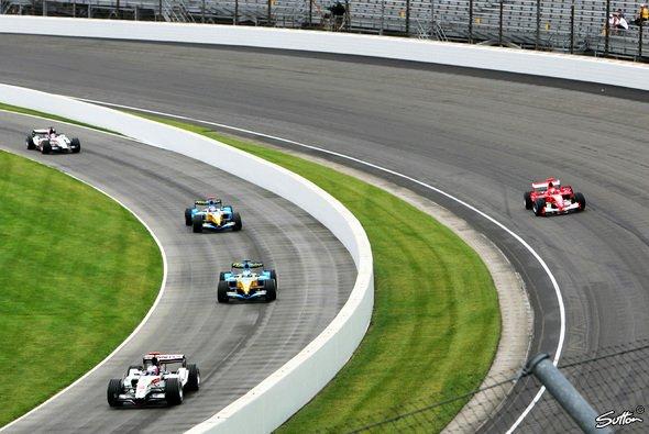 Droht ein ähnliches Szenario wie 2005 in Indianapolis? - Foto: Sutton
