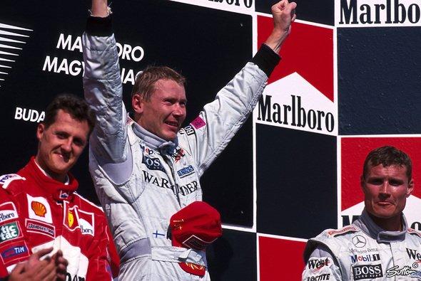 Mika Häkkinen und Michael Schumacher: Legendäre Rivalität in der Formel 1 - Foto: Sutton