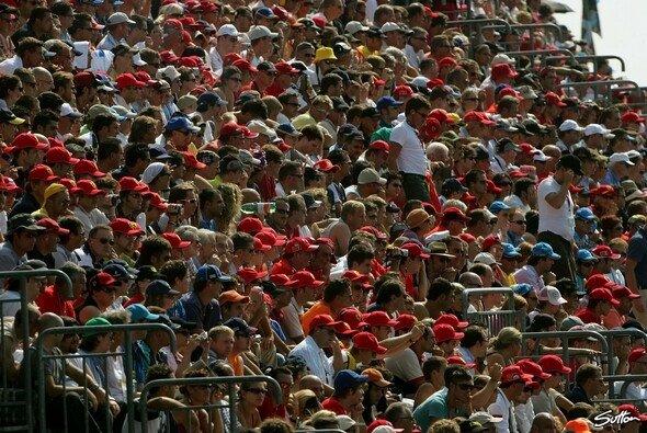 Wir sagen Ihnen, wann die Fans in Spa was erwartet. - Foto: Sutton