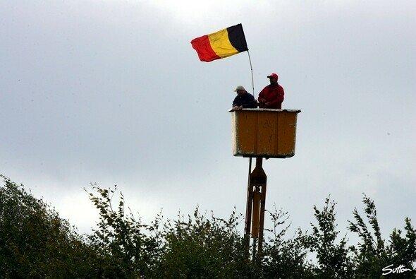 Willkommen in Belgien! - Foto: Sutton