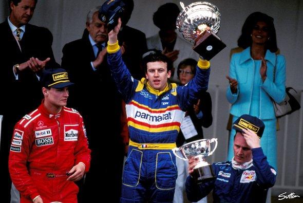 David Coulthard, Olivier, Panis, Johnny Herbert - mehr kam 1996 in Monaco nicht ins Ziel - Foto: Sutton