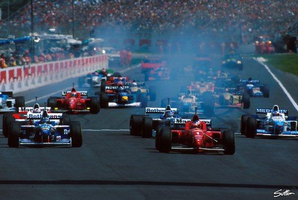 Michael Schumacher startete heute vor 25 Jahren erstmals für Ferrari von Pole - Foto: Sutton