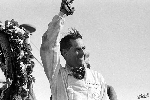 Jack Brabham - Einer der größten Rennfahrer seiner Zeit - Foto: Sutton