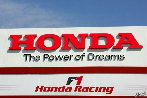 Honda möchte 2006 siegen und um den Titel kämpfen. - Foto: Sutton