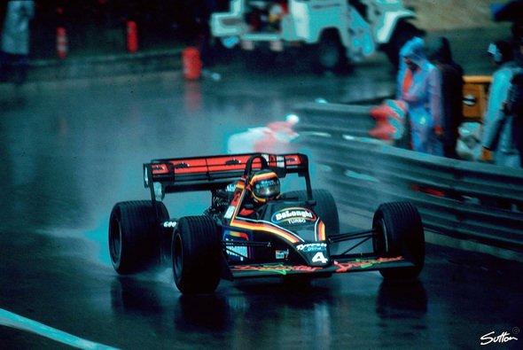 Stefan Bellof fuhr 1984 in Monaco im unterlegenen Tyrrell Ford das Formel-1-Rennen seines Lebens - Foto: Sutton