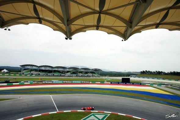 Die letzte Kurve des Sepang International Circuit in Malaysia wird umgebaut - Foto: Sutton