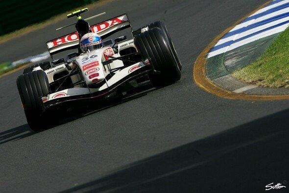 Anthony Davidson war der schnellste Mann am Freitag. - Foto: Sutton