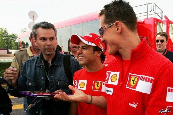 Ferrari einträchtig in Startreihe zwei - Foto: Sutton