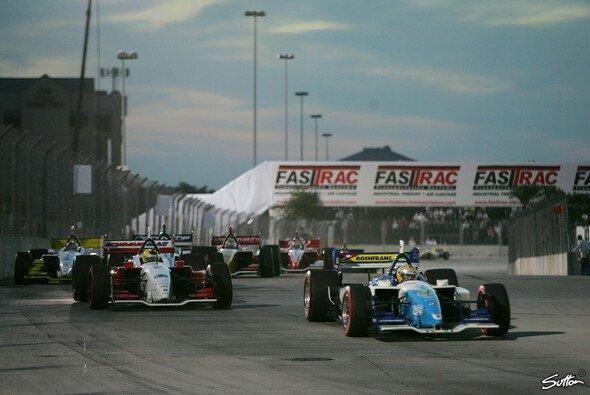 Der Weg führt zurück nach Houston: Dort fuhren 2006 & 2007 schon die Champ Cars