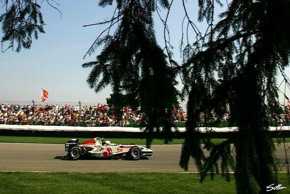 Honda auf gutem Weg in Indy - Foto: Sutton