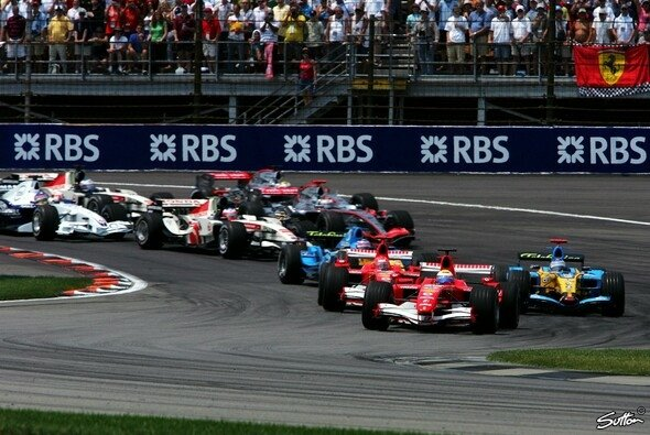 Der Start in einen verrückten Grand Prix. - Foto: Sutton